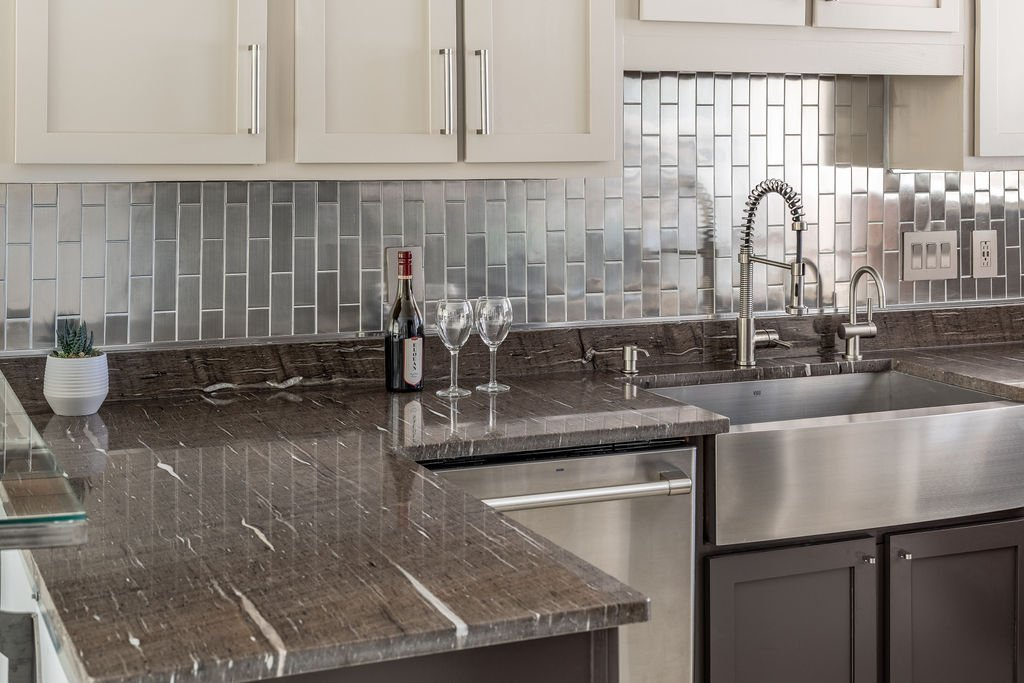 How Much Should You Budget For Your Kitchen Countertops Backsplashes And Flooring Marble Granite World